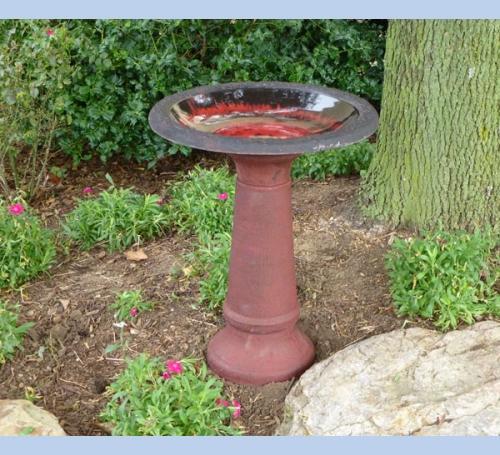 Red Fiber Clay Birdbath